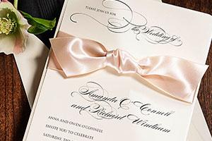 Esküvői meghívó, vendégkönyv, ültetőkártya