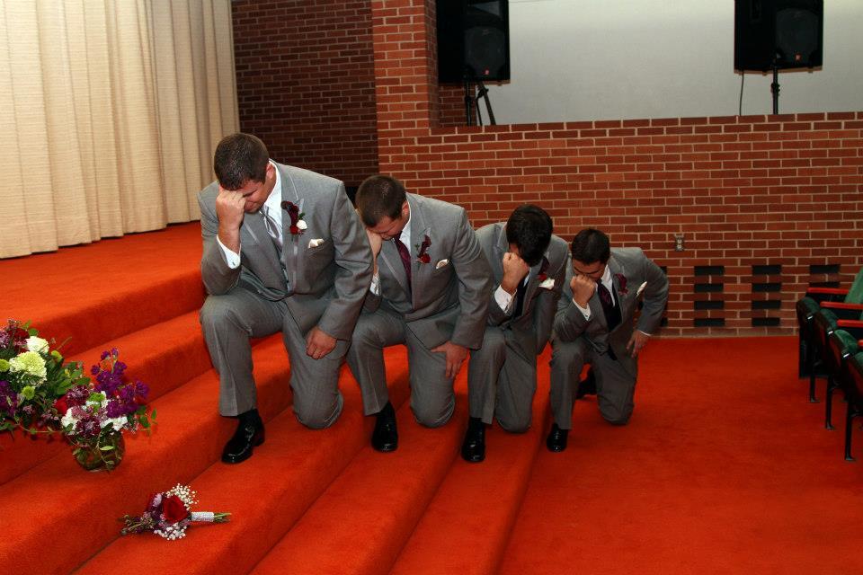 A tebowing már az esküvőn is megjelent